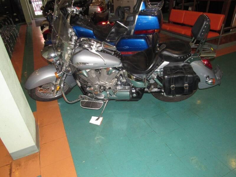 2005 Honda V1300 for sale at Evans Motors Inc in Little Rock AR