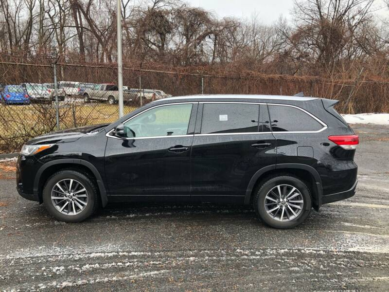 2018 Toyota Highlander for sale at New Look Auto Sales Inc in Indian Orchard MA