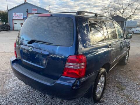 2003 Toyota Highlander for sale at Trocci's Auto Sales in West Pittsburg PA