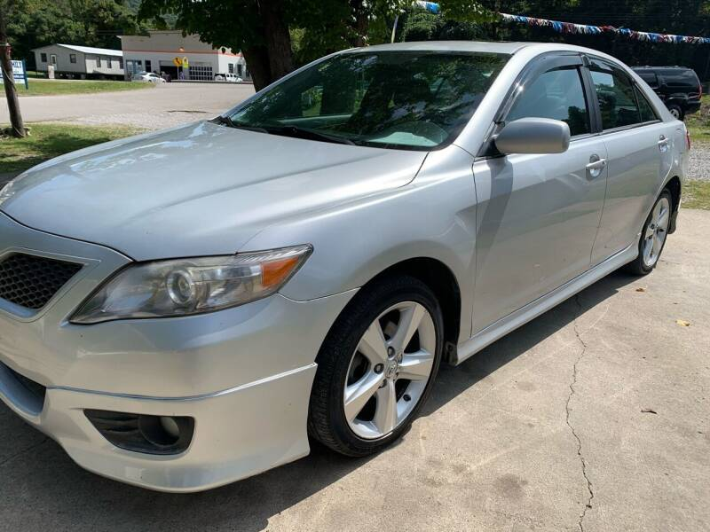 2010 Toyota Camry for sale at Day Family Auto Sales in Wooton KY