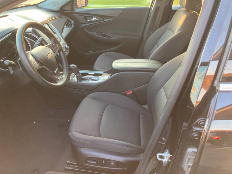 2017 Chevrolet Malibu LT 4dr Sedan - Decatur IL