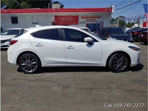 2018 Mazda MAZDA3 for sale at Dealers Choice Inc in Farmersville CA