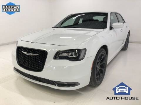 2019 Chrysler 300 for sale at Auto House Phoenix in Peoria AZ