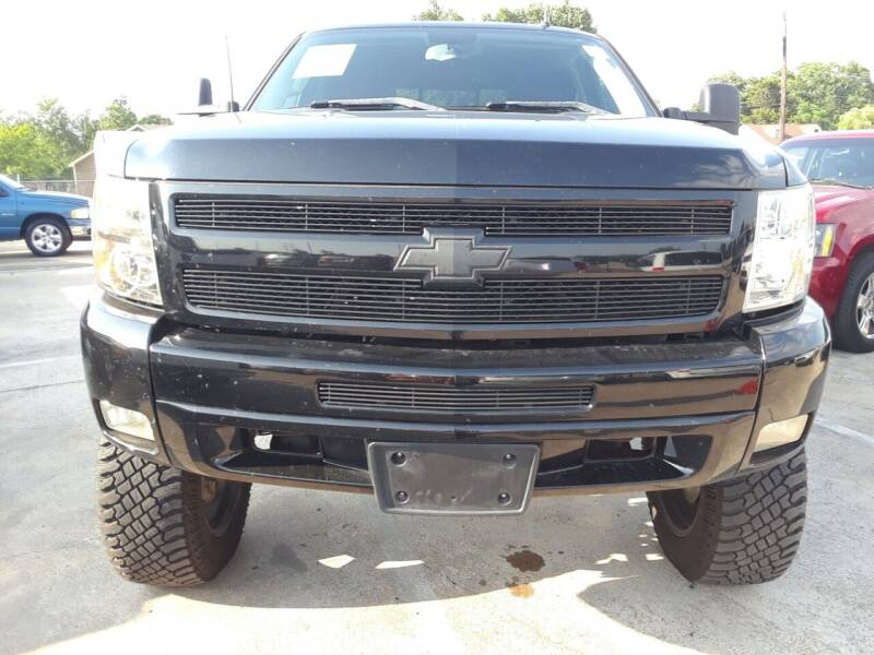 2011 Chevrolet Silverado 1500 for sale at Auto Haus Imports in Grand Prairie TX