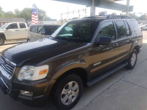 2008 Ford Explorer for sale at SpringField Select Autos in Springfield IL