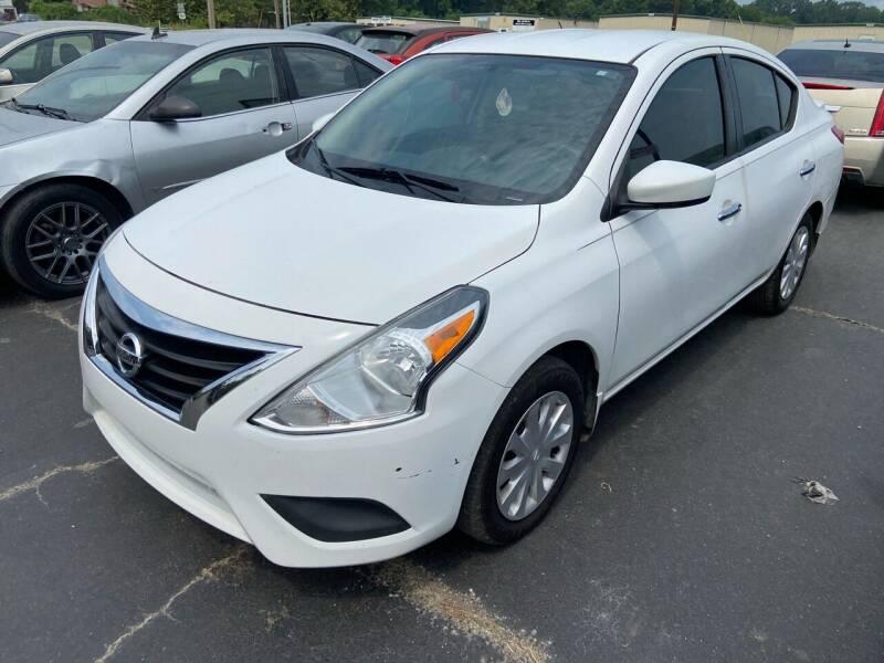2015 Nissan Versa for sale at Sartins Auto Sales in Dyersburg TN