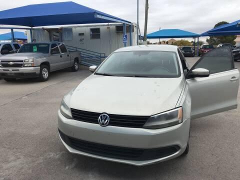 2011 Volkswagen Jetta for sale at Autos Montes in Socorro TX