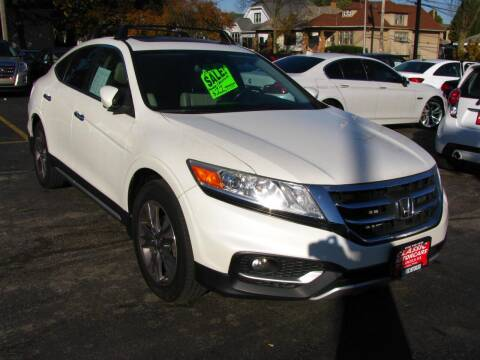 2013 Honda Crosstour for sale at CLASSIC MOTOR CARS in West Allis WI