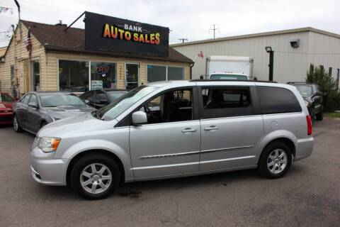 2011 Chrysler Town and Country for sale at BANK AUTO SALES in Wayne MI