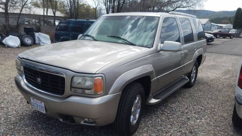 2000 Cadillac Escalade for sale at AUTO BROKER CENTER in Lolo MT