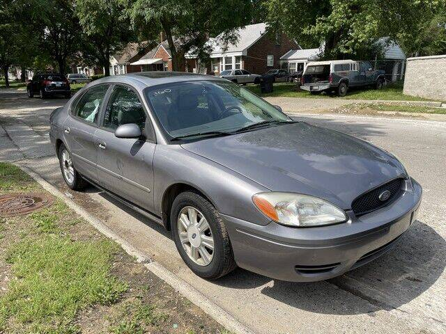 2007 Ford Taurus for sale at SOUTHFIELD QUALITY CARS in Detroit MI