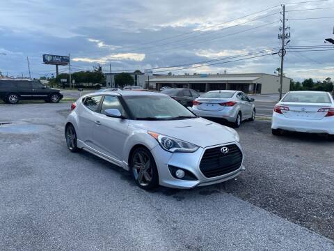 2014 Hyundai Veloster for sale at Lucky Motors in Panama City FL