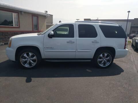 2007 GMC Yukon for sale at Creekside Auto Sales in Pocatello ID