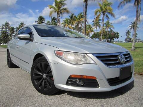 2009 Volkswagen CC for sale at FLORIDACARSTOGO in West Palm Beach FL