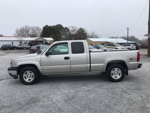 2005 Chevrolet Silverado 1500 for sale at TAVERN MOTORS in Laurens SC