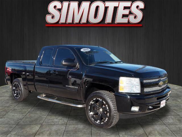 2011 Chevrolet Silverado 1500 for sale at SIMOTES MOTORS in Minooka IL