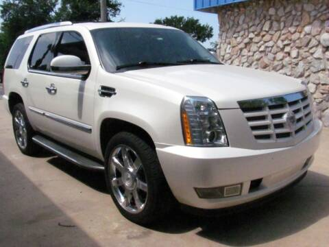 2011 Cadillac Escalade for sale at CANTWEIGHT CLASSICS in Maysville OK