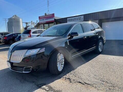 2011 Lincoln MKT for sale at WINDOM AUTO OUTLET LLC in Windom MN