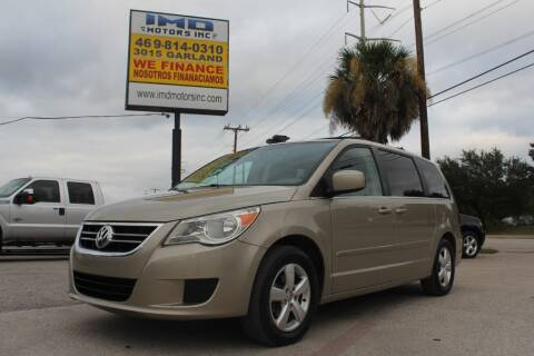 2009 Volkswagen Routan for sale at Flash Auto Sales in Garland TX