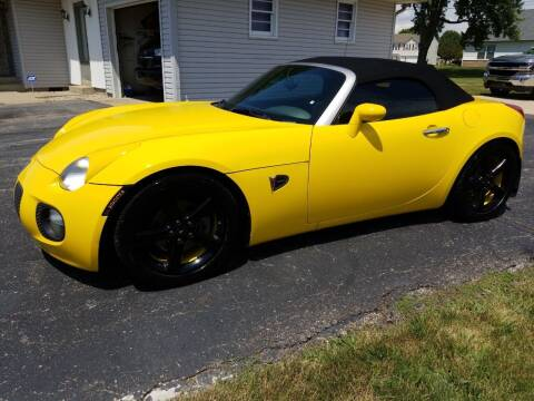 2008 Pontiac Solstice for sale at CALDERONE CAR & TRUCK in Whiteland IN
