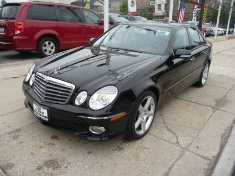 2009 Mercedes-Benz E-Class for sale at CAR CENTER INC in Chicago IL