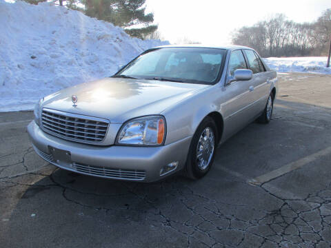 2005 Cadillac DeVille for sale at Triangle Auto Sales in Elgin IL