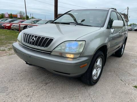 2001 Lexus RX 300 for sale at Texas Select Autos LLC in Mckinney TX