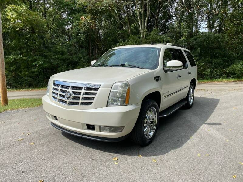 2007 Cadillac Escalade for sale at Tennessee Valley Wholesale Autos LLC in Huntsville AL