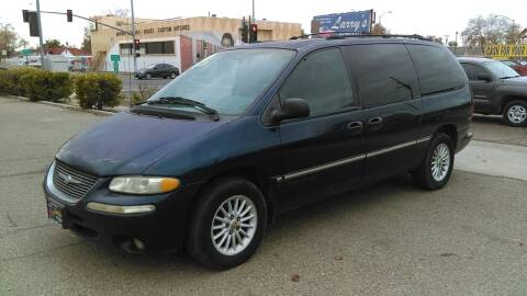 2000 Chrysler Town and Country for sale at Larry's Auto Sales Inc. in Fresno CA