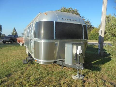 2008 Airstream Safari SE 28' for sale at D & P Sales LLC in Wichita KS