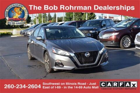 2019 Nissan Altima for sale at BOB ROHRMAN FORT WAYNE TOYOTA in Fort Wayne IN