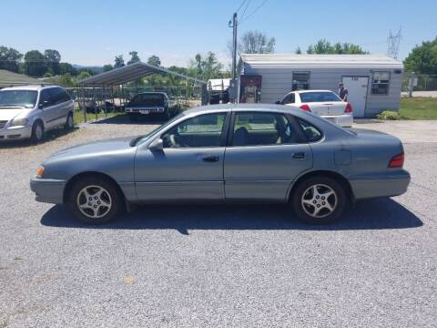 1999 Toyota Avalon for sale at CAR-MART AUTO SALES in Maryville TN