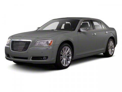 2013 Chrysler 300 for sale at Gary Uftring's Used Car Outlet in Washington IL