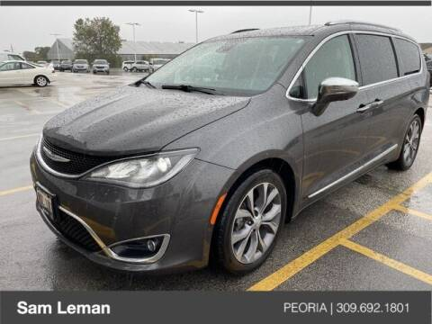 2018 Chrysler Pacifica for sale at Sam Leman Chrysler Jeep Dodge of Peoria in Peoria IL