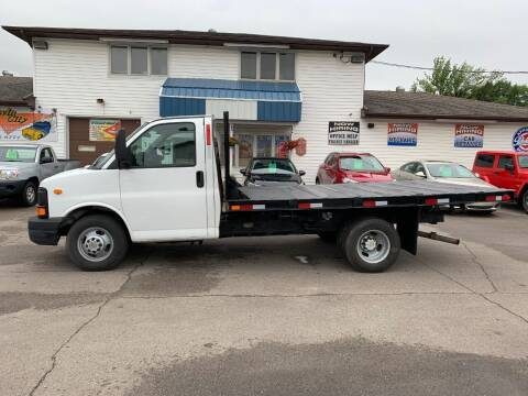 2009 Chevrolet Express Cutaway for sale at Twin City Motors in Grand Forks ND