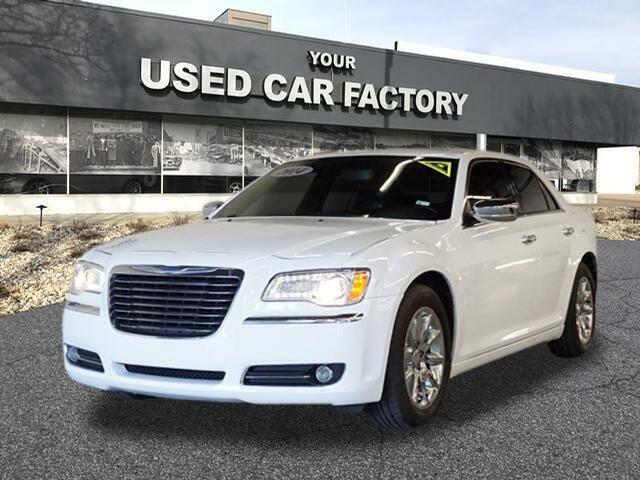2014 Chrysler 300 for sale at JOELSCARZ.COM in Flushing MI