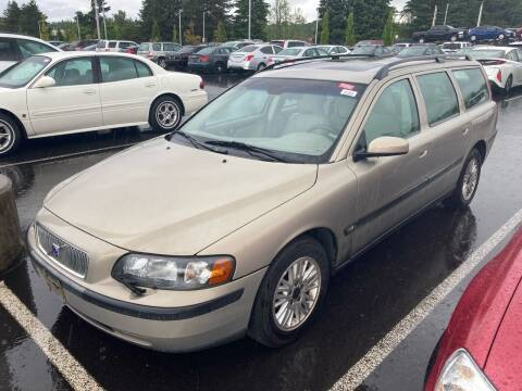 2004 Volvo V70 for sale at Blue Line Auto Group in Portland OR