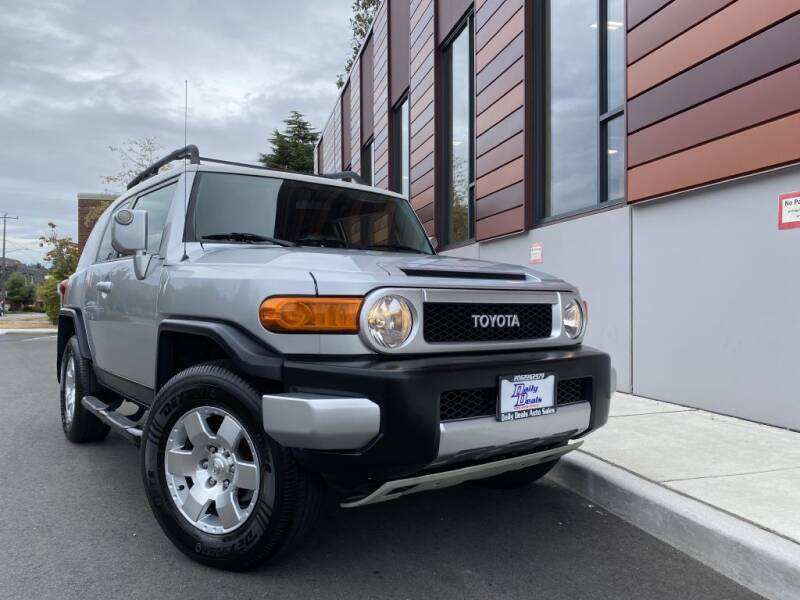 2007 Toyota FJ Cruiser for sale at DAILY DEALS AUTO SALES in Seattle WA