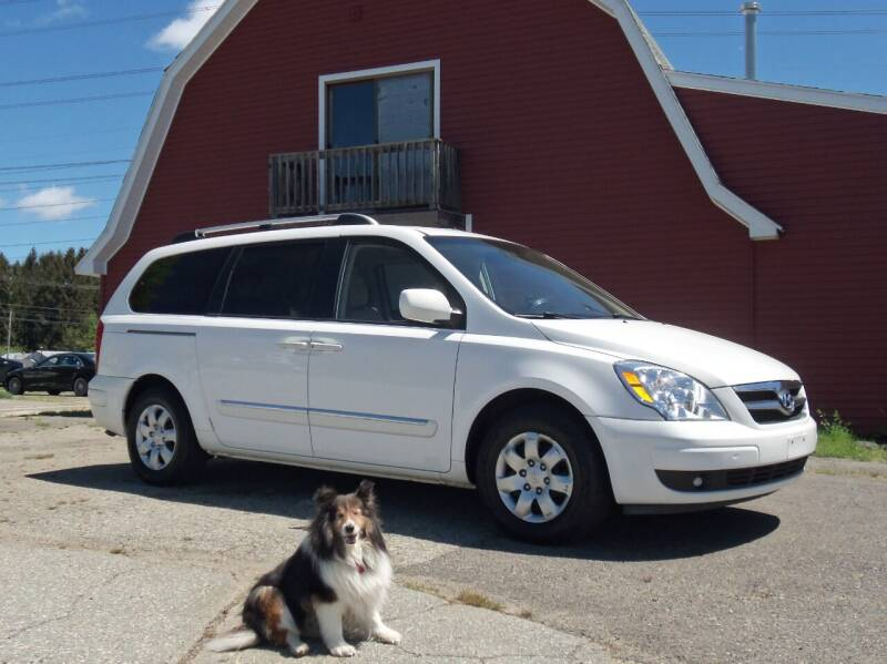 2007 Hyundai Entourage for sale at Red Barn Motors, Inc. in Ludlow MA