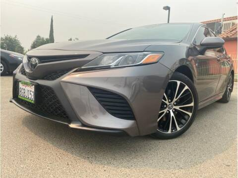 2018 Toyota Camry for sale at MADERA CAR CONNECTION in Madera CA