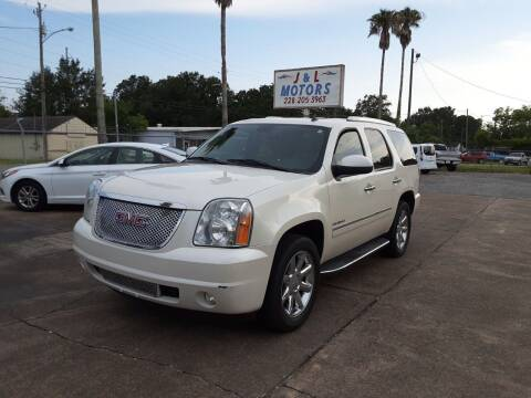 2013 GMC Yukon for sale at J & L Motors in Pascagoula MS