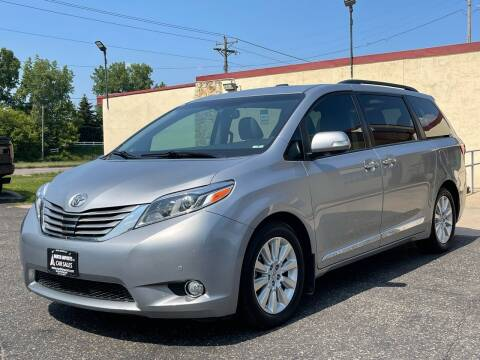 2015 Toyota Sienna for sale at North Imports LLC in Burnsville MN
