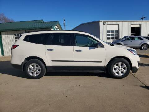 2015 Chevrolet Traverse for sale at TOWN & COUNTRY MOTORS INC in Meriden KS