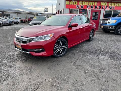 2017 Honda Accord for sale at Yaktown Motors in Union Gap WA