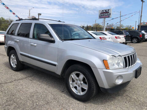 2007 Jeep Grand Cherokee for sale at SKY AUTO SALES in Detroit MI