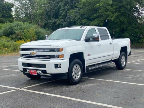 2015 Chevrolet Silverado 3500HD for sale at Hillcrest Motors in Derry NH