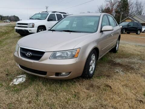 2006 Hyundai Sonata for sale at Scarletts Cars in Camden TN