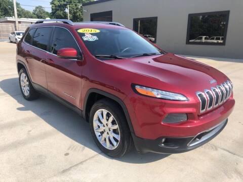 2015 Jeep Cherokee for sale at Tigerland Motors in Sedalia MO