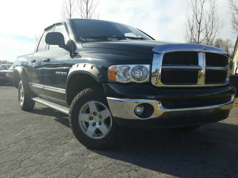 2004 Dodge Ram Pickup 1500 for sale at GLOVECARS.COM LLC in Johnstown NY