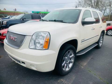 2010 GMC Yukon for sale at BRYANT AUTO SALES in Bryant AR